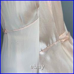 30s Peach Silk Slip Dress 20s Negligee Night Gown Ecru Lace Bias Cut Vtg Boudoir