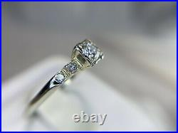 Vintage Art Deco 18k White Gold Round Old European Diamond Engagement Ring