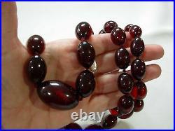 Vintage Art Deco Cherry Red Amber Bakelite Graduated Oval Bead 34 Necklace